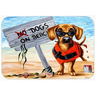 The Dog Beach Dachshund Glass Cutting Board ByCaroline's Treasures