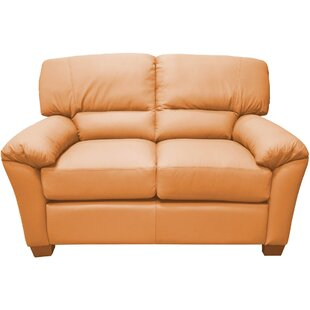 Cedar Heights Loveseat