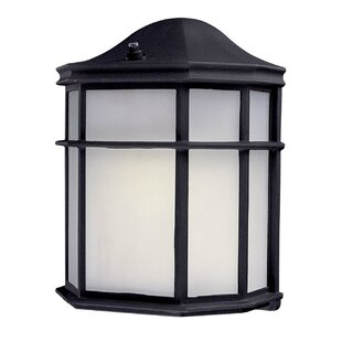 Minka Lavery 1-Light Outdoor Flush Mount