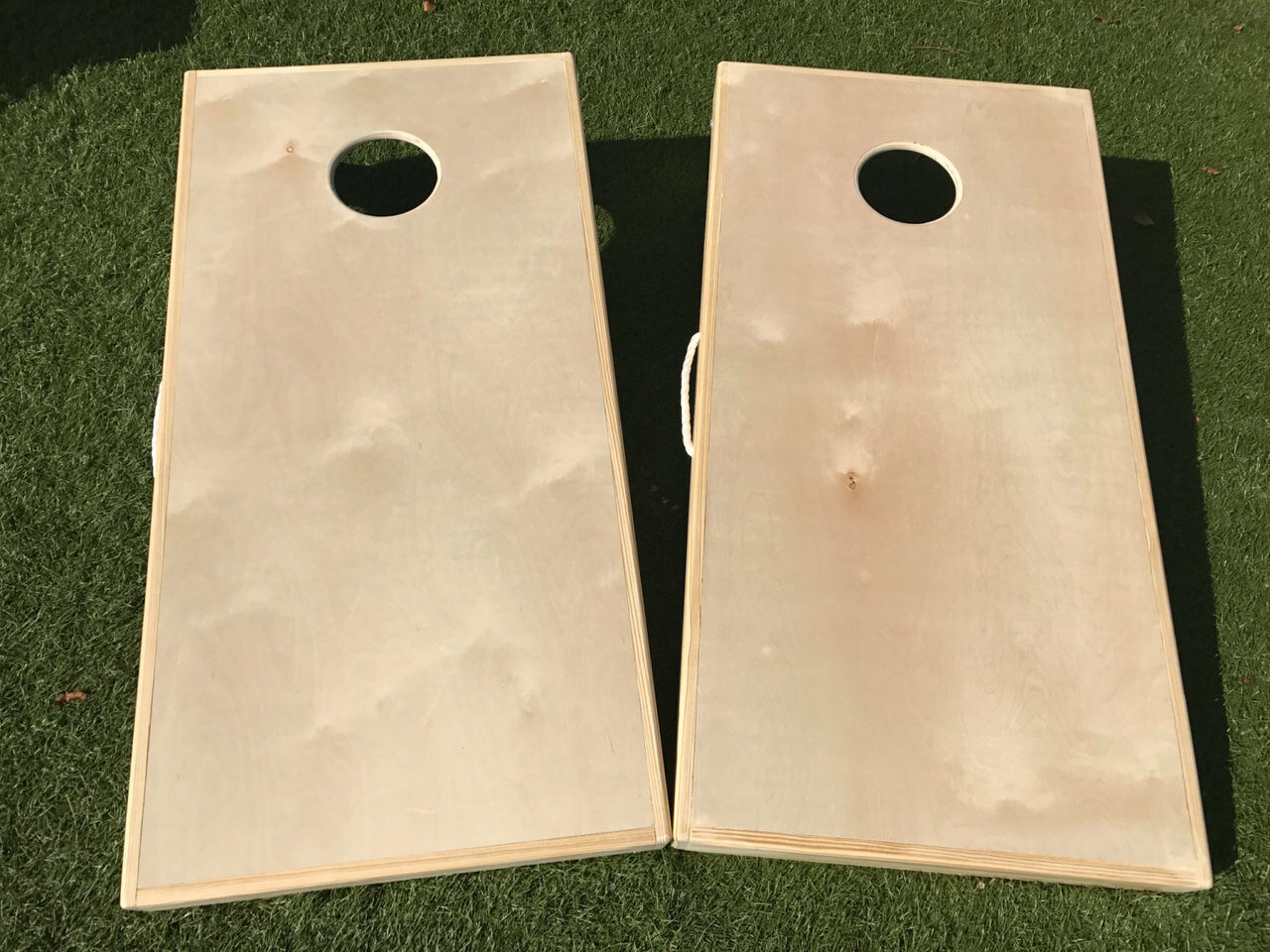 Simply Sports 4 Corn Hole /& Bean Bag Toss Set with Solid Pine Wood Frame and Built in Carry Handle