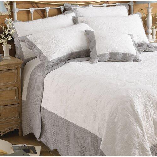 Tagesdecke Guernon Brambly Cottage Größe: 195 cm B x 260 cm L| Farbe: Weiß | Heimtextilien > Decken und Kissen > Tagesdecken und Bettüberwürfe | Brambly Cottage