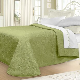 Winston Porter Margie Luxury Quilted Bedspread