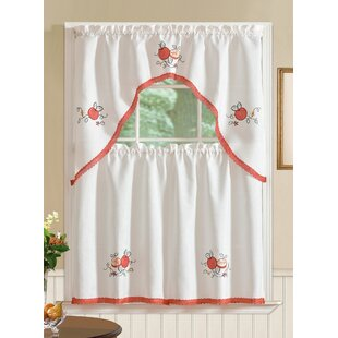 Gerberoy Apple Kitchen Curtain