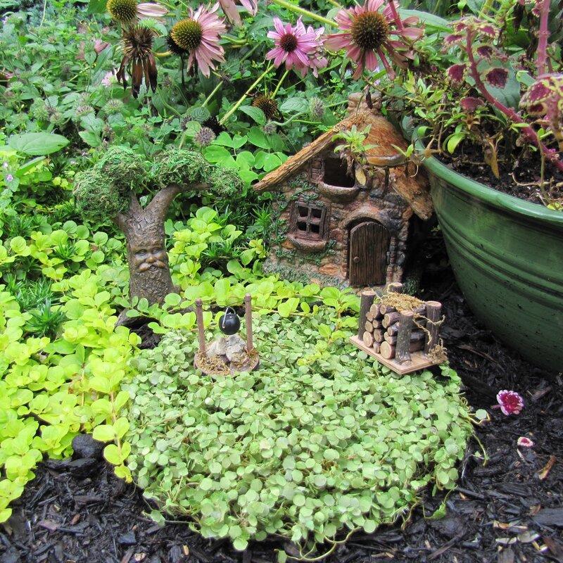 """Miniature Dollhouse Garden Urn in Ivory 1 1//4/"""" high"""