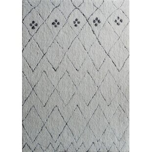 Best Reviews One-of-a-Kind Castanada One-of-a-Kind Hand-Tufted White Area Rug By Gracie Oaks