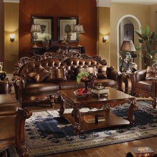 Welles Standard Sofa