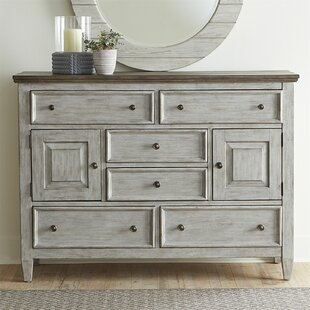 Top Reviews Goshen 6 Drawer Chesser by Gracie Oaks