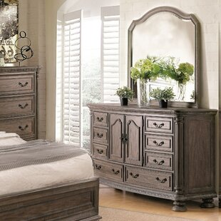 Traditional 8 Drawer Combo Dresser