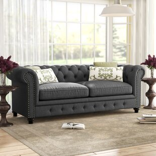 Lindstrom 90  Chesterfield Sofa