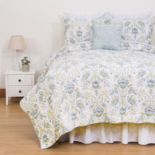 Aislinn Reversible Quilt Set