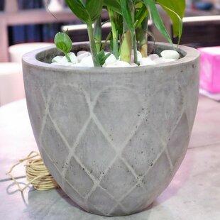 Bodega 3 Piece Composite Pot Planter Set