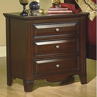 Darby Home Co Zergerling 3 Drawer Nightstand