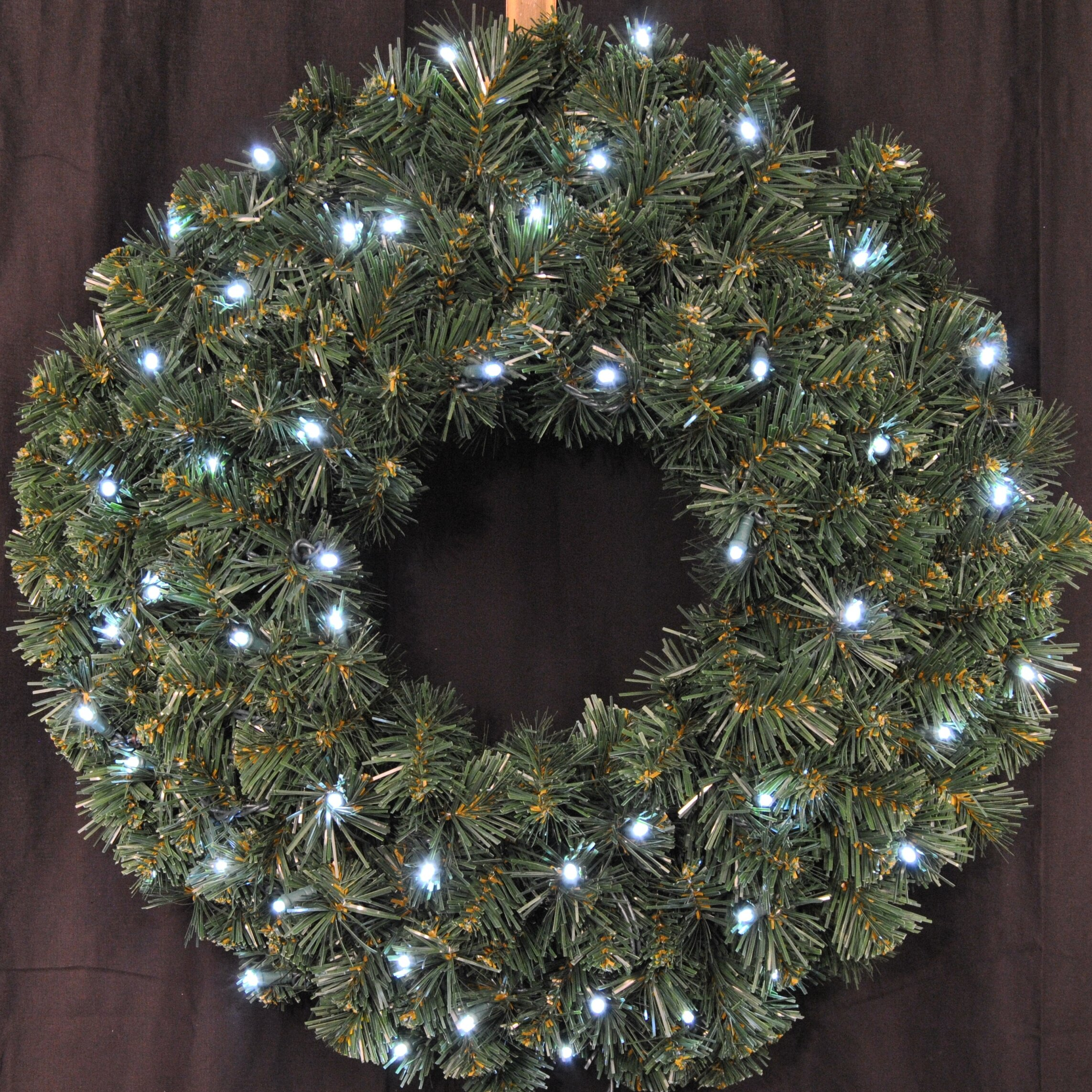 Queens Of Christmas Pre Lit Battery Operated Led Sequoia Wreath Reviews Wayfair