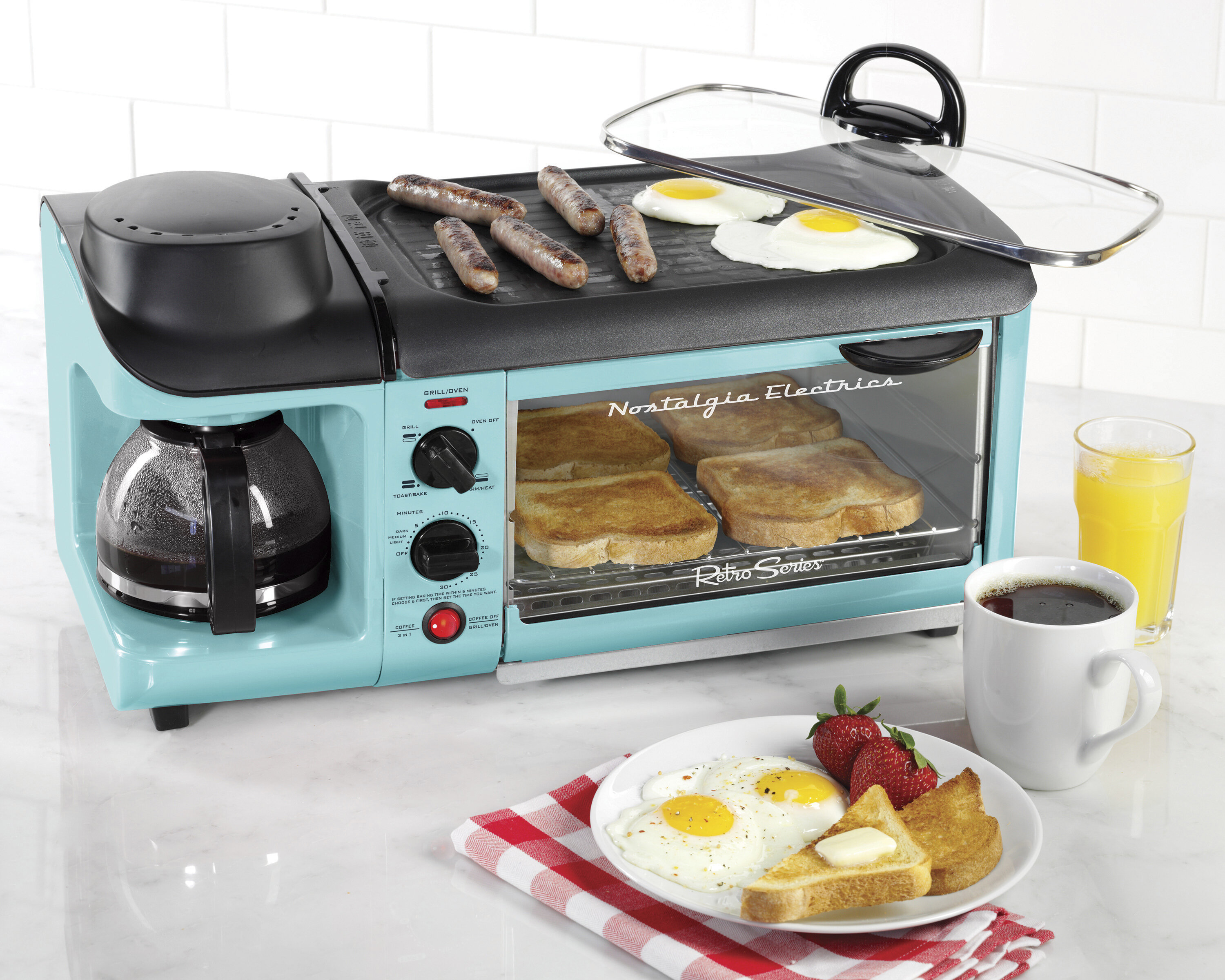 Nostalgia Electrics 4-Cup Retro Series 3-in-1 Breakfast Station ...