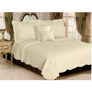Lauzon Luxury Quilt Set