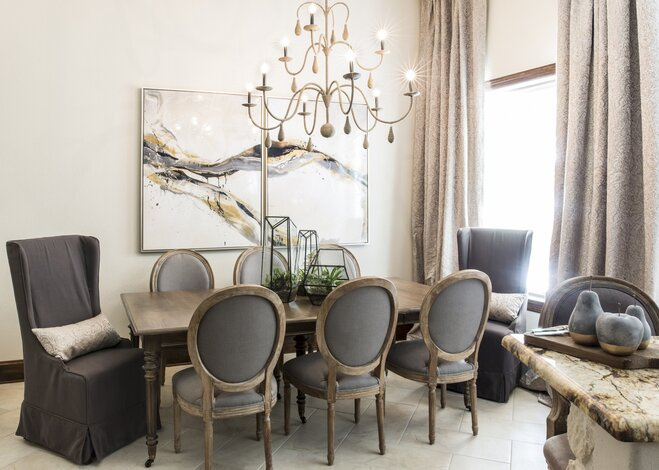 Charming 8 Seater Dining Room