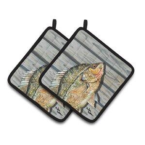 croppie fish on pier potholder set of 2