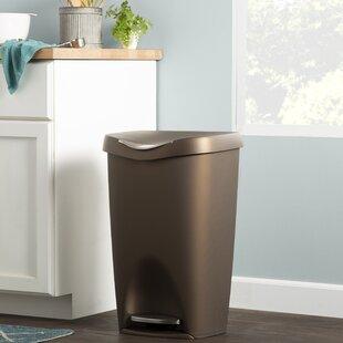 Pédale Blanche bacs poubelle pour salle de bain cuisine disponible dans 8l et 24L