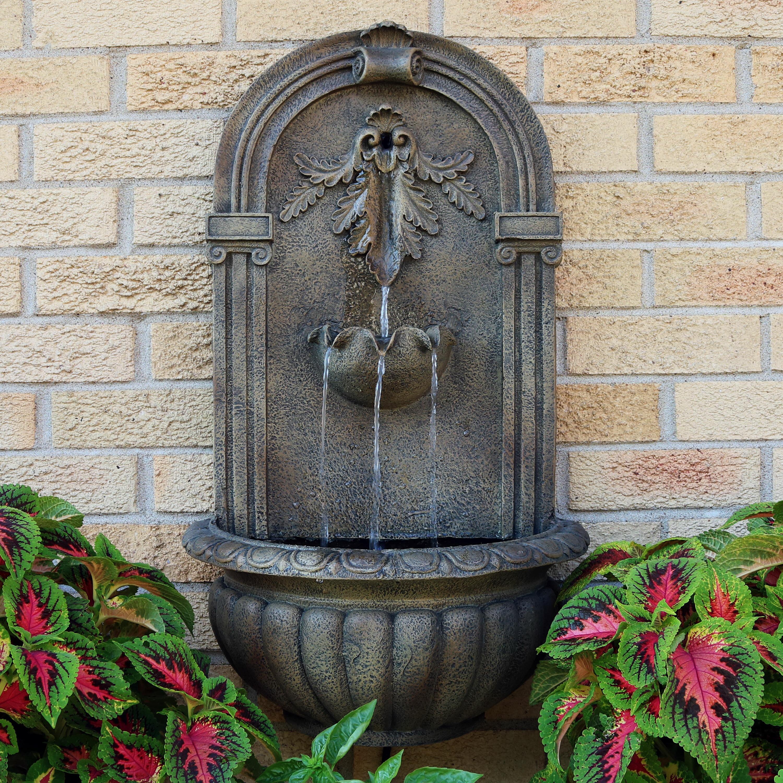 wall fountain outdoor