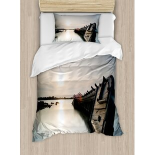 Ocean Big Sinking Rustic Boat Crash in the Lake Landscape with Horizon on Back Duvet Set by Ambesonne