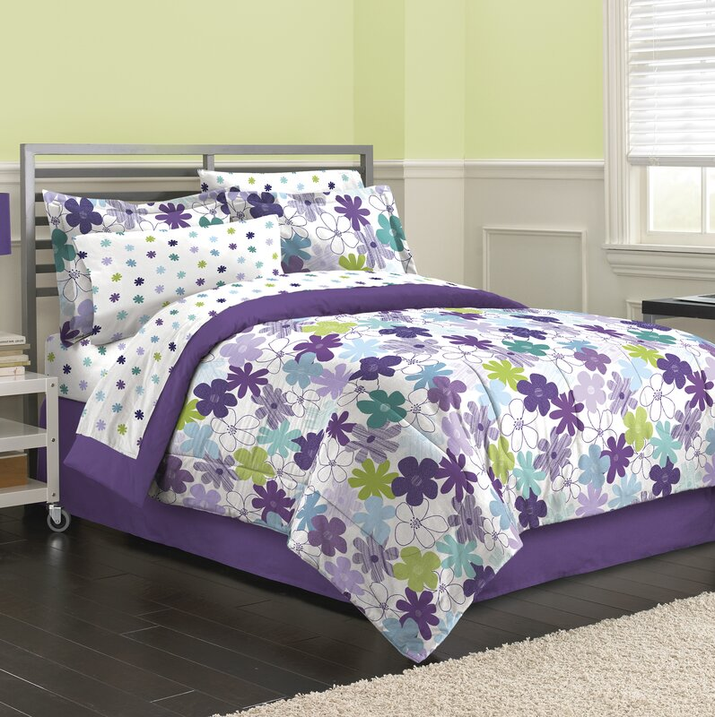 Barks Graphical Daisy 6 Piece Reversible Bed-In-a-Bag Set