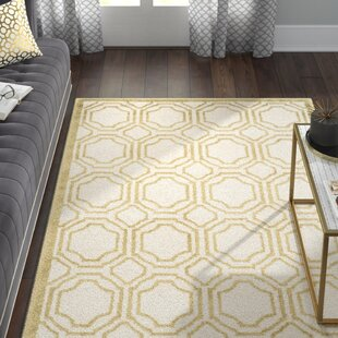 Maritza Ivory/Light Green Indoor/Outdoor Area Rug
