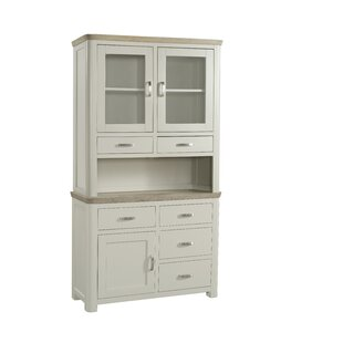 Mae Welsh Dresser