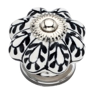 Handpainted Flower Round Knob (Set of 8)