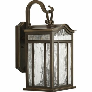 Triplehorn European 3-Light Wall Lantern