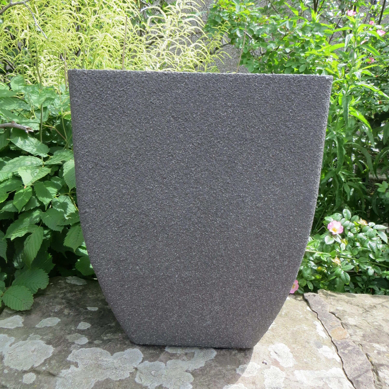 Blumenkübel Stein