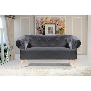 Everson Chesterfield Loveseat by Mercer41