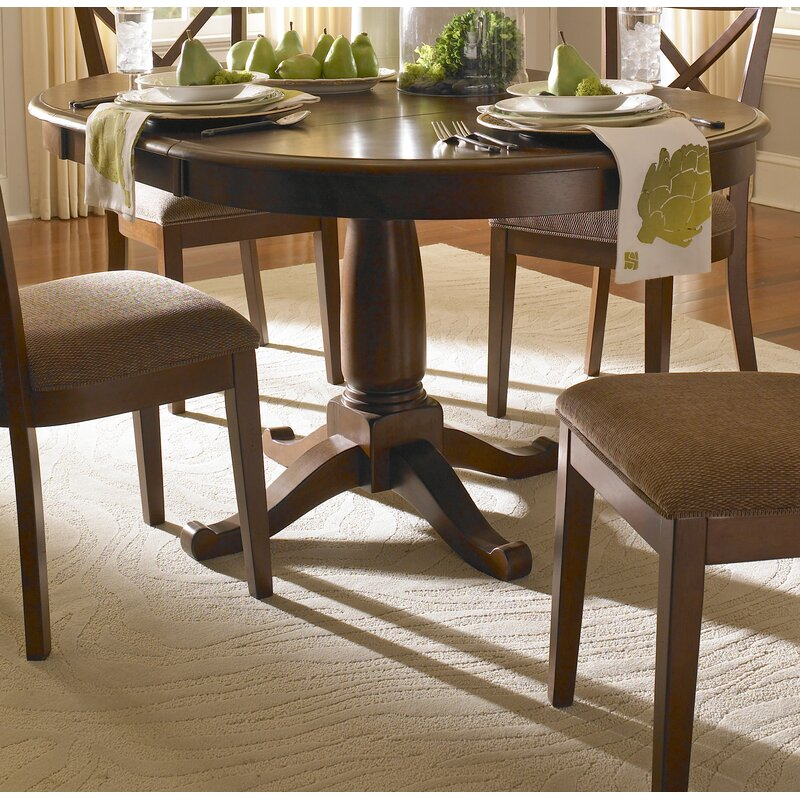 Darby Home Co Kiantone Extendable Solid Wood Dining Table