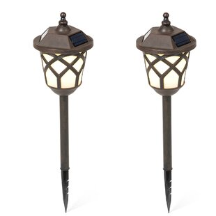 Winsome House Traditional Solar 1-Light Pathway Light (Set of 2)