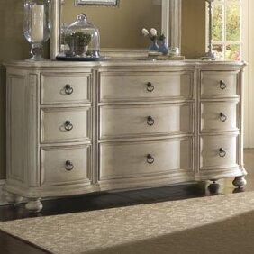 Lark Manor Daniella 9 Drawer Dresser