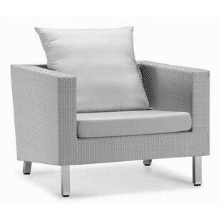 Dreamy Single Sofa with Cushions
