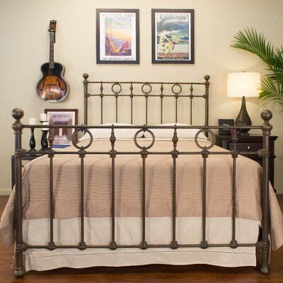 Benicia Foundry and Iron Works Marksburg Standard Bed Size: Twin