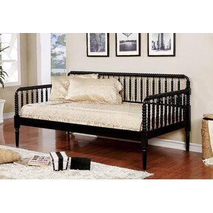 Comparison Mendota Daybed by Charlton Home Reviews (2019) & Buyer's Guide