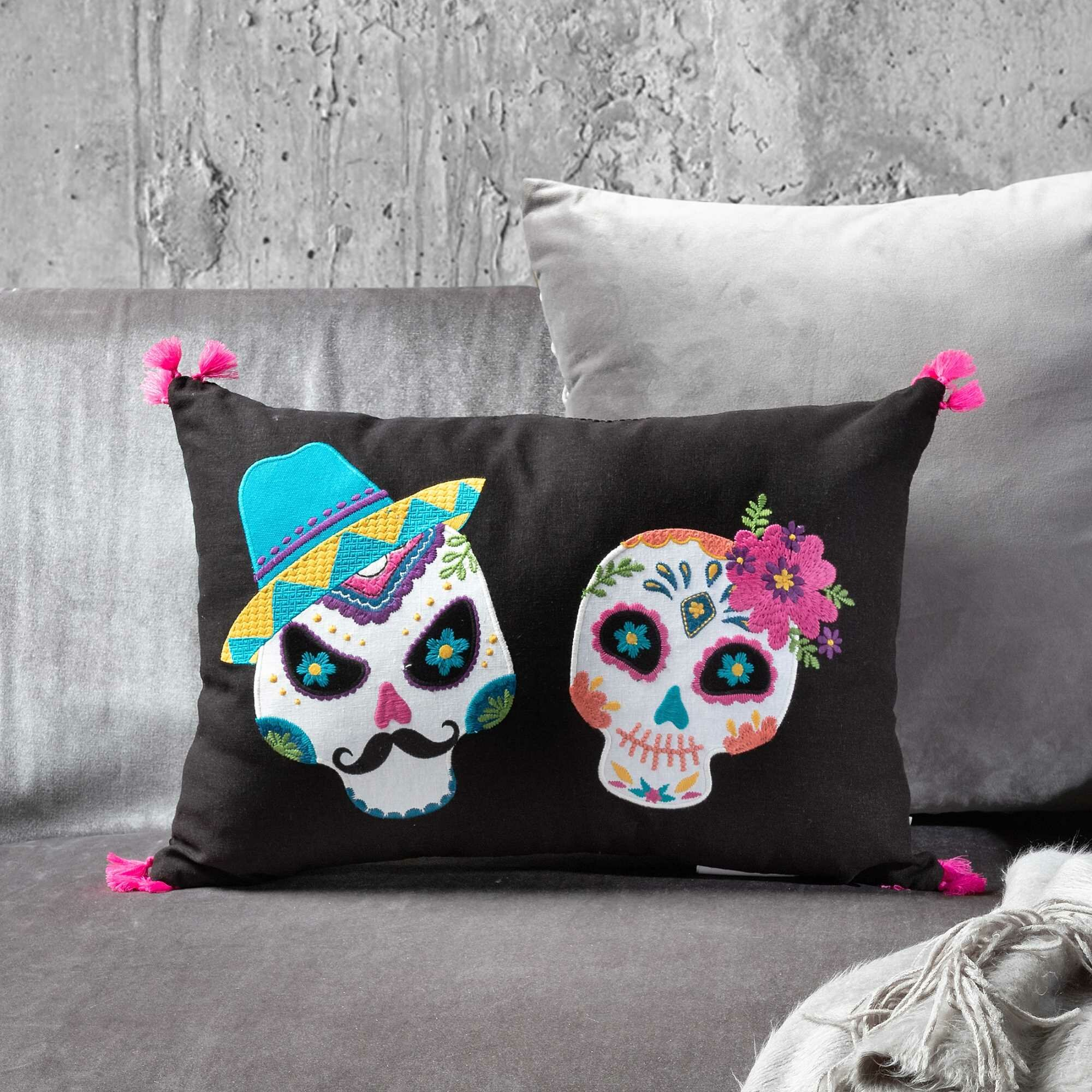 Exceptionnel The Holiday Aisle Mr. And Mrs. Sugar Skull Lumbar Pillow U0026 Reviews | Wayfair