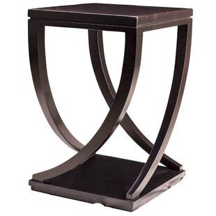Claridge End Table by MacKenzie-Dow