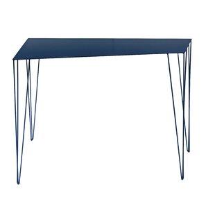ATIPICO Chele Console Table