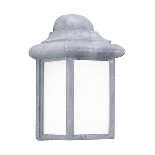 Highland Dunes Khandare 1-Light Outdoor Wall Lantern