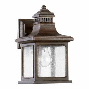 Best Brittany 1-Light Outdoor Wall Lantern By Alcott Hill