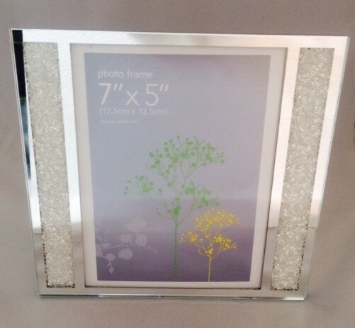 Multi App Photo Frame Black-Holds 3 x 7/'/'X5/'/' Choose from 4 mount colours