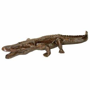 Superieur Prowling Alligator Garden Statue