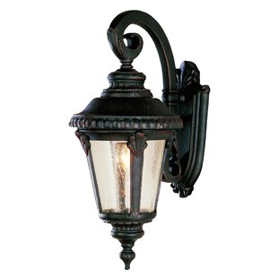Hinckley Wall Lantern