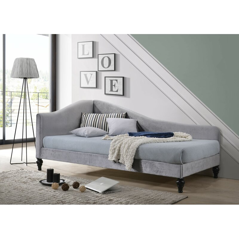 Charlton Home Jaylan Twin Daybed & Reviews