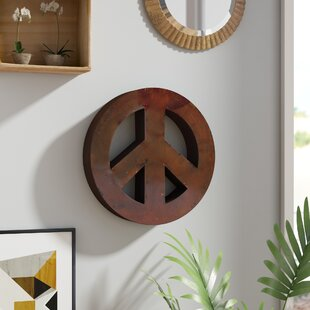 Rustic Peace Sign Wall Décor