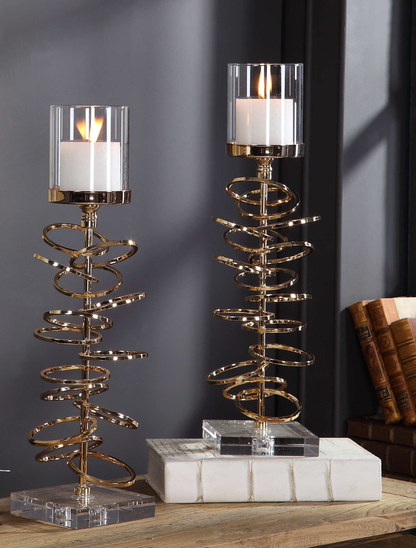 Only Us Iron Pillar Candle Holders Set Of 5 Gold Candlesticks For Fireplace Table Living Room Dinning Room Candelabra Decoration Modern Art With Geometric Shape Home Kitchen Home Decor