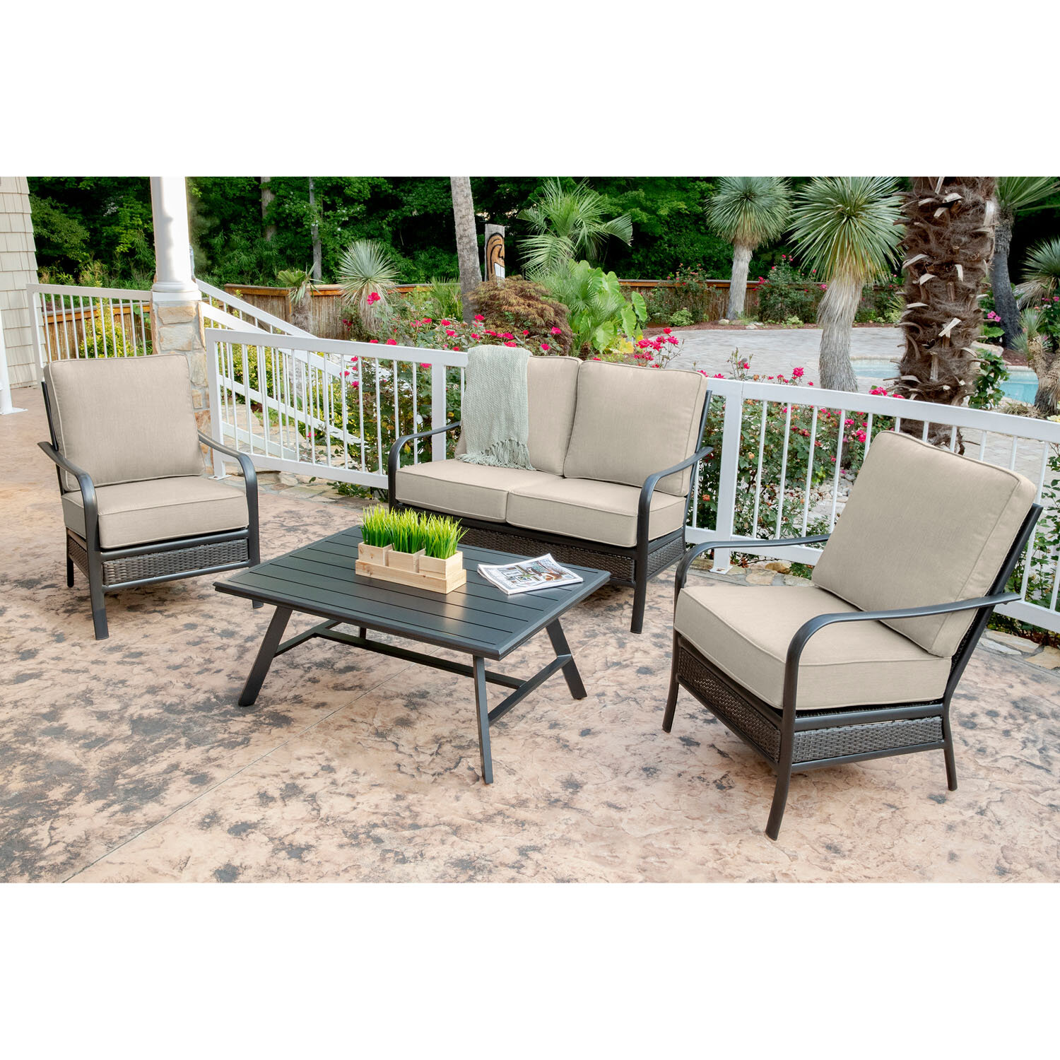 Charlton Home Becerra 4-Piece Commercial-Grade Patio Set with 2