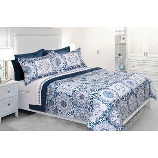 Arterburn Reversible Comforter Set by Bungalow Rose